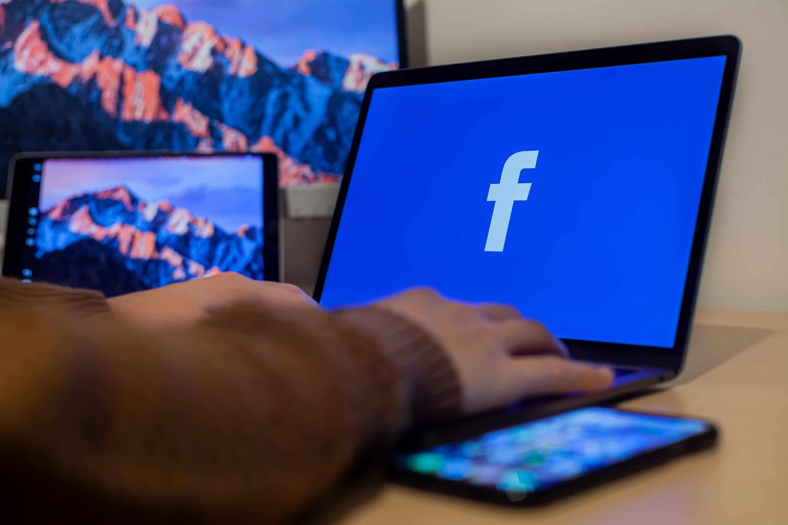facebook on laptop